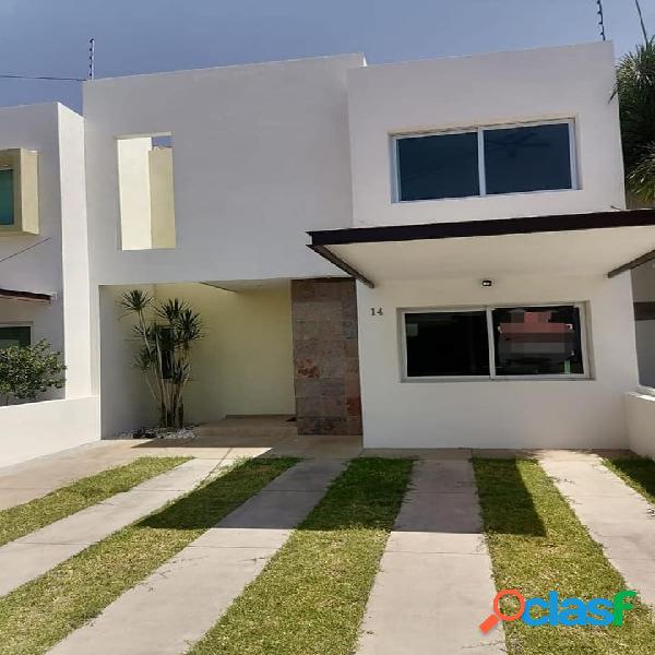 Hermosa casa en venta con alberca en exclusivo coto privado colima