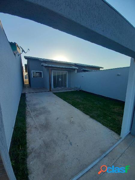 Maravilhosa casa com 2 quartos no jardim atlântico - itaipuaçu - maricá -