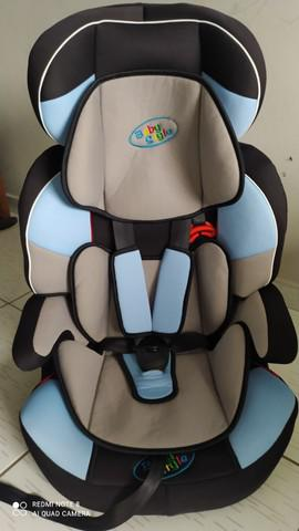 Cadeira de carro de 9 a 36 kilos marca beby style