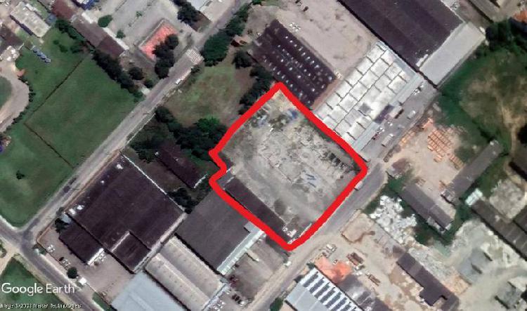 Lote/terreno para venda com 6780 metros quadrados em