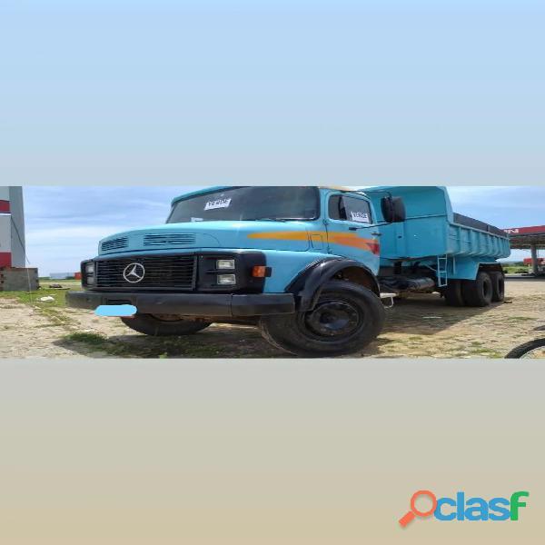 Mercedes 1518 caçamba