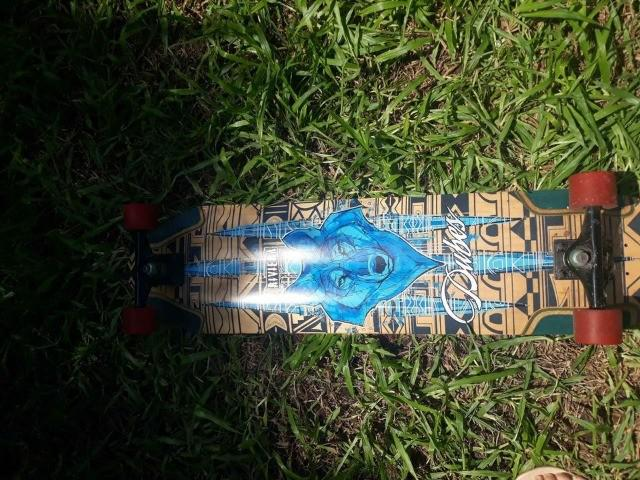 Skate longboard riviera downhill
