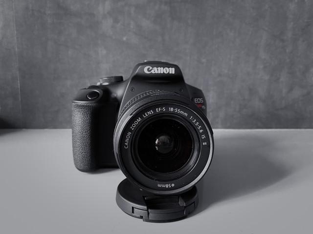 Canon eos rebel t7 plus nova