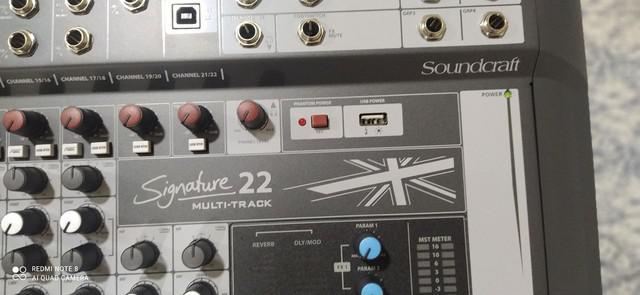 Mesa de som analógica soundcraft mtk22 signature