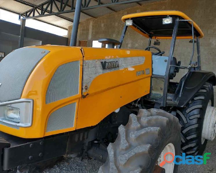 Trator Valtra Bm110 3