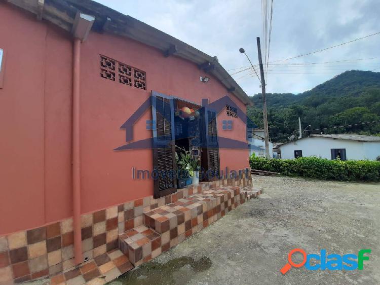 Casa/comércio no Perequê Mirim