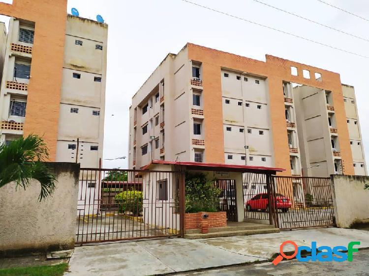 60 mts2. bello apartamento en venta en valle florida i