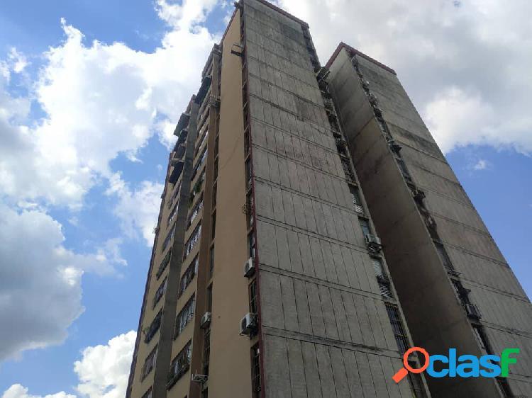 Cómodo apartamento en los colorados de 82 mts2- planta baja