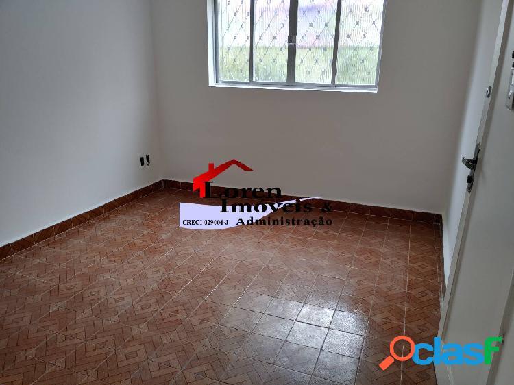 Apartamento térreo 2 dormitórios embaré santos!