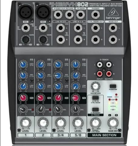 Mesa de som xenyx 802 mixer 110v - behringer original
