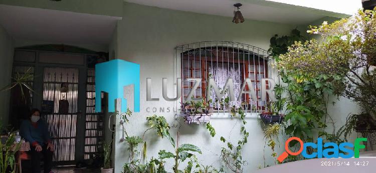Casa com três dormitórios no jardim maria rosa taboão da serra