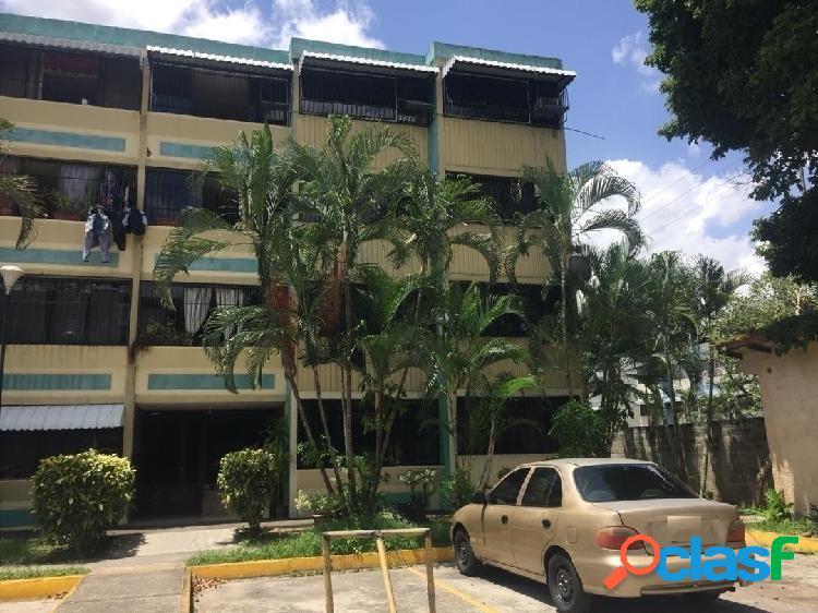 78 m2. apartamento en venta los andes san diego