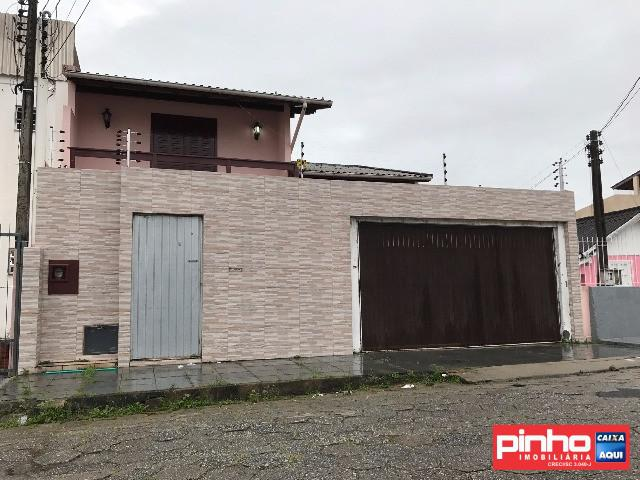 Casa à venda no Barreiros - São José, SC. IM242685