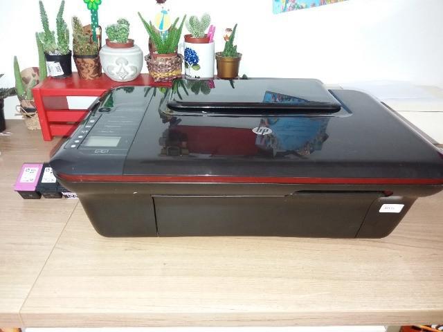 Impressora hp desckjet 3050.