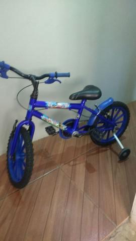 Bicicleta azul aro 16 patrulha canina