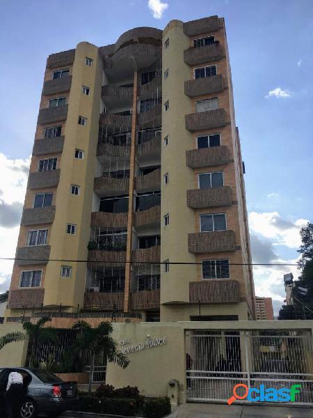 Apartamento en venta en agua blanca venecia palace 86 mts2