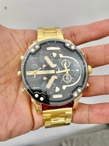Relógio Diesel Dourado (Barato)