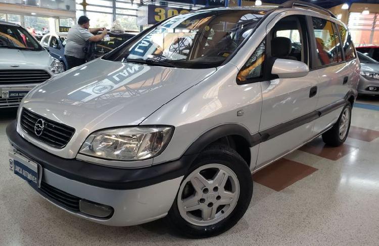 Chevrolet zafira 2.0 mpfi 8v / 2001