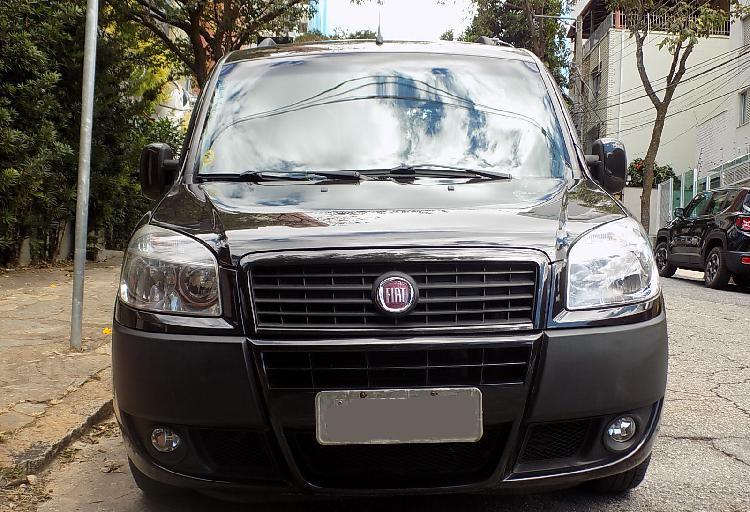 Fiat doblo 1.8 essence 6 lugares 13/13 preto