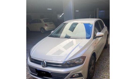 Volkswagen polo hatch 1.0 confortline 18/18 prata