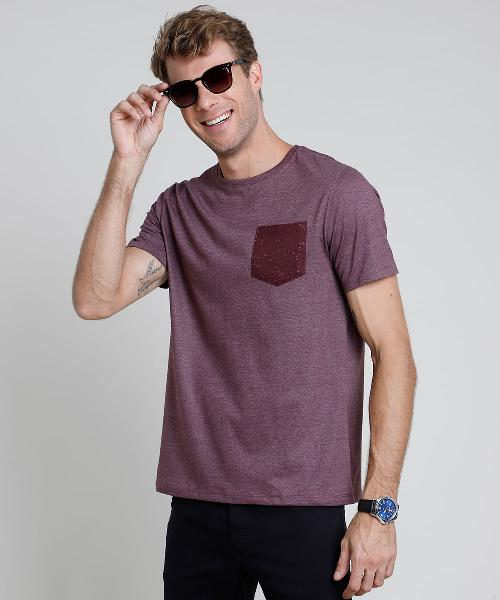 Camiseta masculina básica com bolso manga curta gola careca