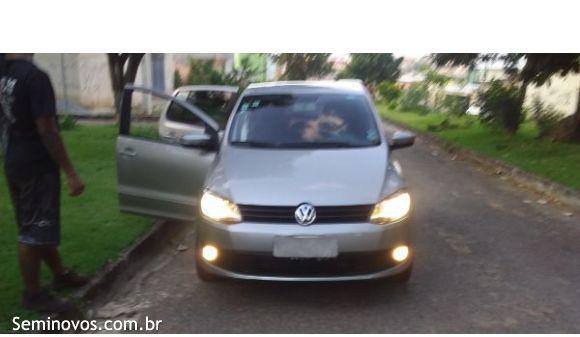 Volkswagen fox 1.6 1.6 mi total flex 8v 5p 13/14 prata