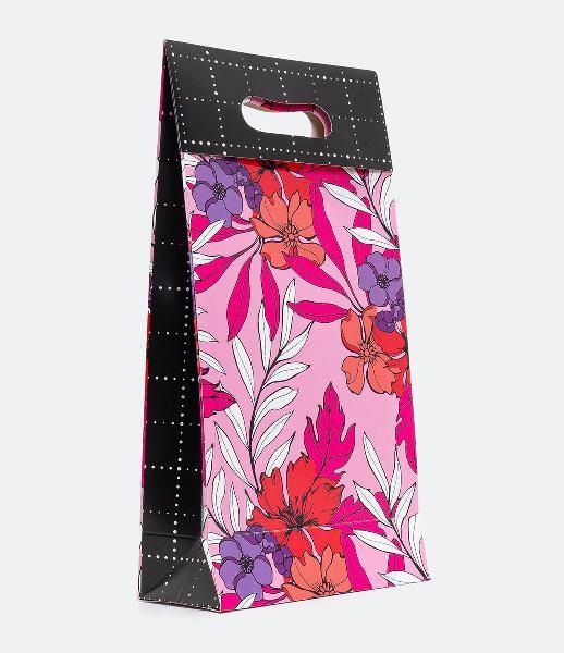 Embalagem de presente estampa floral