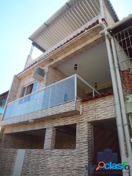 Casa duplex com terraço à venda rua motorista luiz abreu anchieta rj