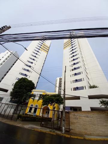 Ll _ alugo apartamento nas graças com 03 quartos, sendo um