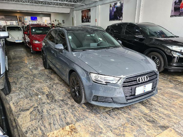 Audi a3 1.4 sportback ambiente cinza 2018/2018 - são paulo