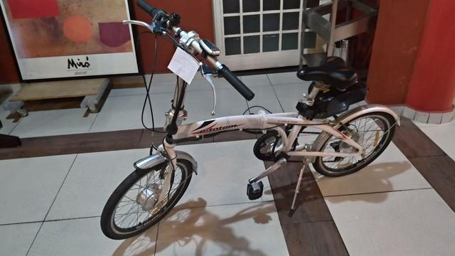 Bicicleta elétrica dobrável e-totem e-fold 250