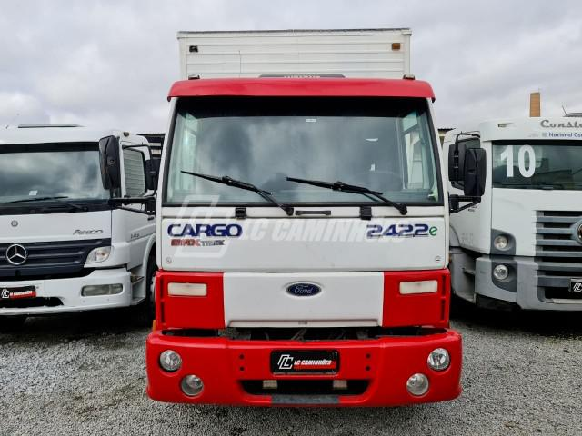 Cargo 2422 ano 2004 truck bau motor cummins 6x2