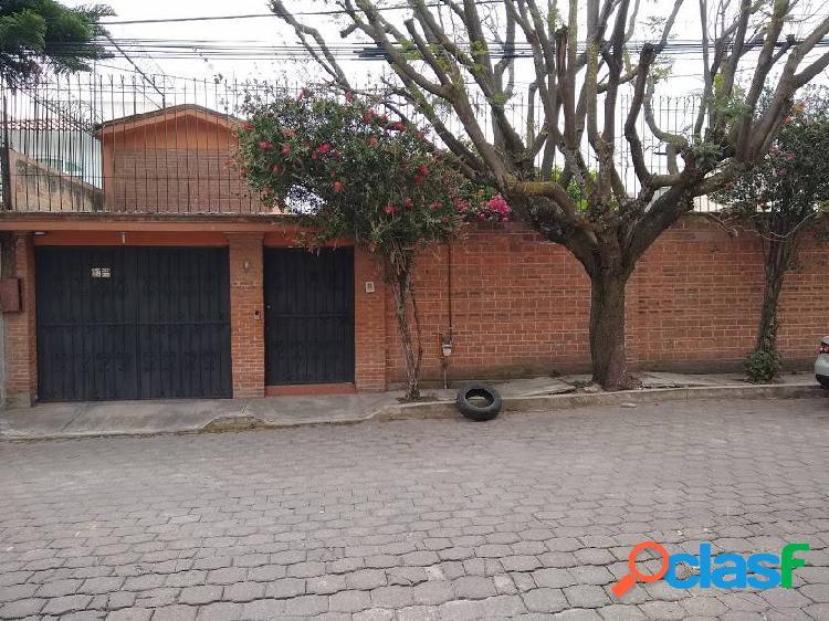 Casa sola en venta para oficinas o consultorios en providencia metepec