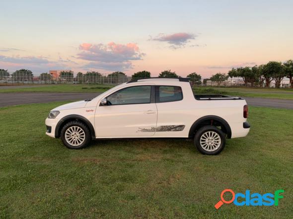 Volkswagen saveiro rock in rio 1.6 total flex 8v cd branco 2016 1.6 flex