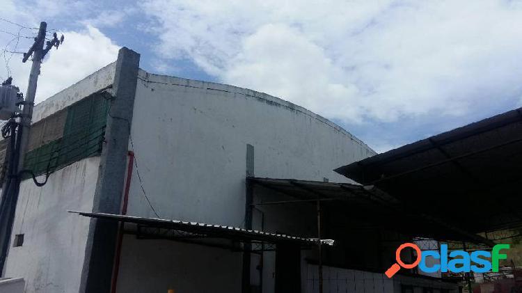 Galpão/depósito/armazém e 2 banheiros para alugar, 1850 m² por r$ 16.000/mês