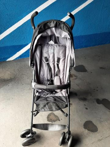 Carrinho de bebê burigoto novo