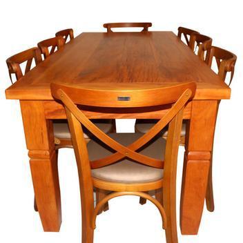 Mesa rústica com 08 cadeiras churrasco e jantar madeira