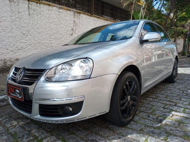 J.n automóveis