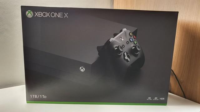 Xbox one x seminovo em perfeito estado
