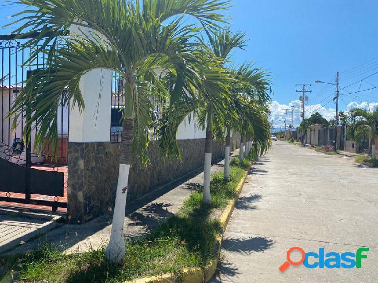 En venta casa urb el guayabal san joaquín