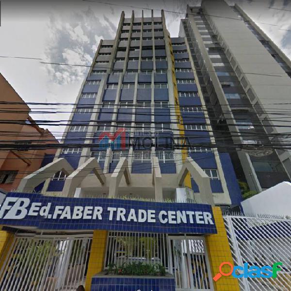 Salas comerciais no centro à partir de 30 m com vaga
