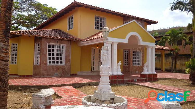 En venta casa en san diego la cumaca