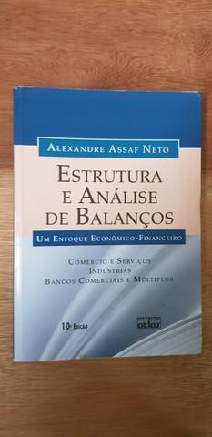 6 livros em português - 1 de 4