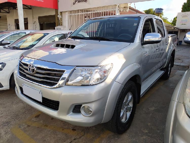 Toyota hilux 3.0 srv turbo prata 2013/2013 - goiânia