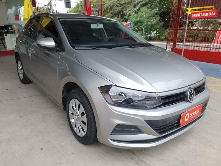 Volkswagen polo hatch 1.0 200 tsi comfortline prata