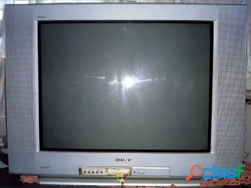 TV de tubo Sony 29 polegadas tela plana com conversor digital R$250