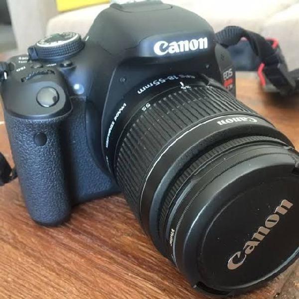 Camera canon eos rebel t5 + lente 18-55mm + flash e bolsa