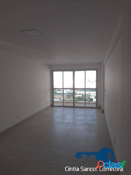 Centro: apartamento com 02 quartos, sendo 01 suíte