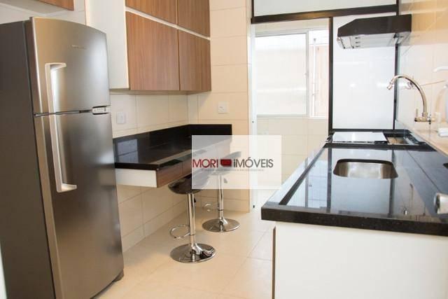 Apartamento mobiliado, com 3 dormitórios para alugar, 105
