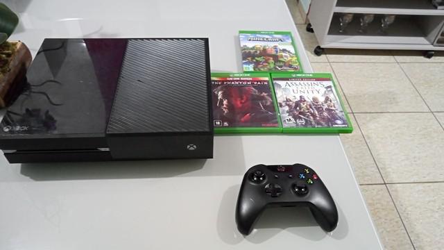 Xbox one 1 manete 3 jogos físicos e digital
